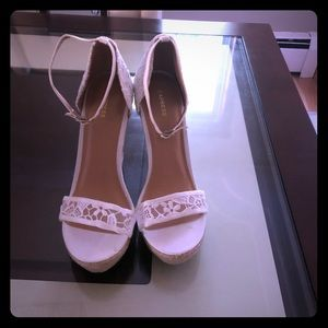 Express white lace wedges
